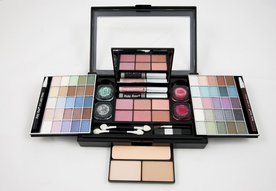 Make Up Kits